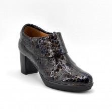 42-2065 Zapato abotinado de tacón en coco negro
