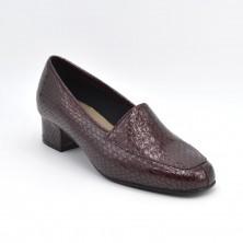2926-40 - Zapato de tacon en burdeos