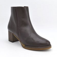7128 - Botin de tacon marron