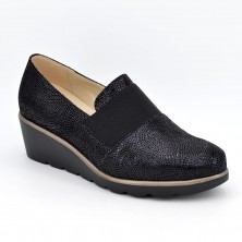 3725 - D'Chicas Zapato cuña negro